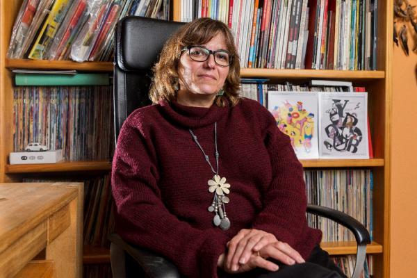 Mariángeles García, autora de «Relatos ortográficos», ganó el Premio Miguel Delibes, en El diario
